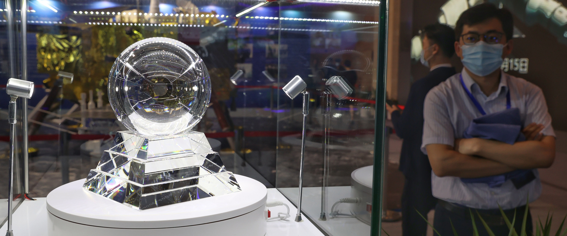 Wuxi exhibition highlights lunar and deep-sea exploration