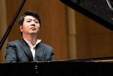 Vintage Lang Lang brings Bach masterpiece to Wuxi