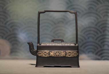 Ancient tea ceremonies brewed up at teapot exhibition