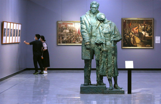 Exhibition in Guangzhou shows CPC history