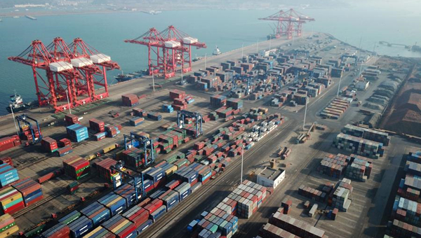 China's foreign trade surges in Q1 amid continued social, economic development