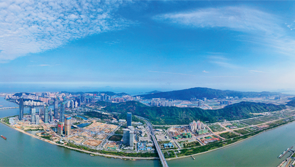Deepening Cooperation Between Guangdong, Hong Kong and Macao to Develop the Greater Bay Area