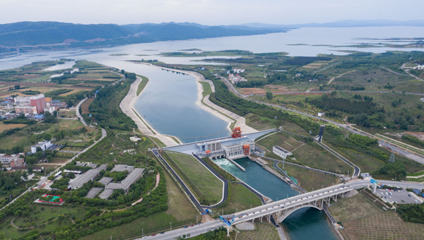 China's mega water diversion project benefits 140 mln people