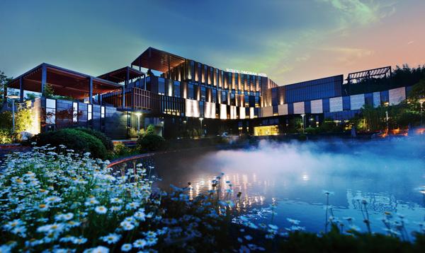 青山酒店.jpg