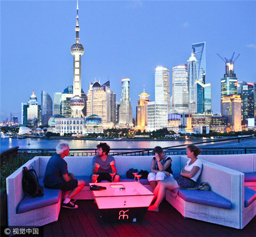 1012 上海眼中一带一路.jpg