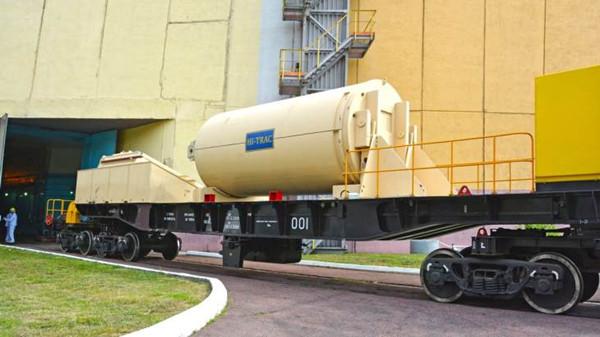 HI-TRAC-cask-at-Rovno-(Energoatom).jpg