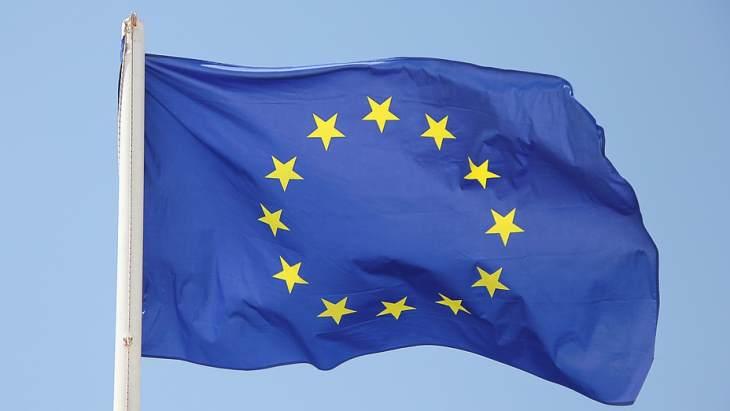 EU-flag-2-(Pixabay).jpg