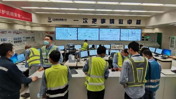 Tianwan-5-first-criticality-control-room-July-2020-(CNNC)_副本.jpg