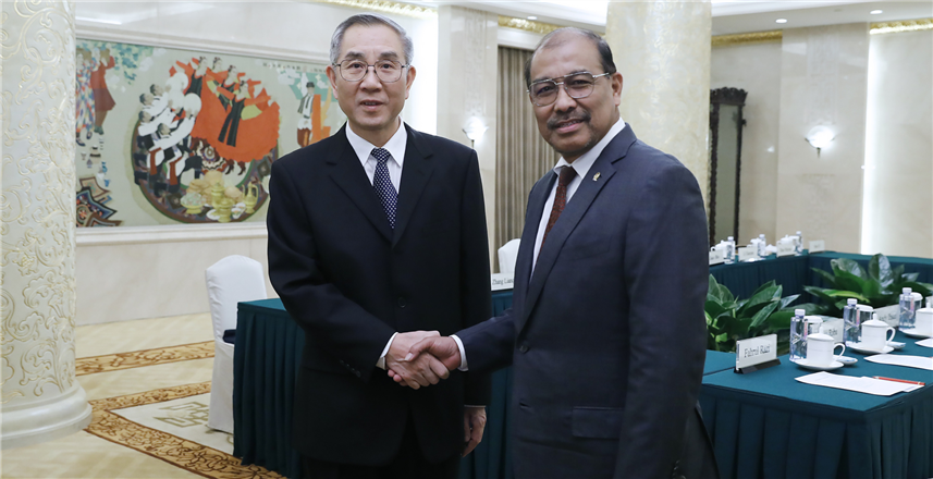 Ma Biao meets with Indonesian guests