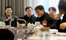 Members of CPPCC National Committee discuss Government Work Report [1]