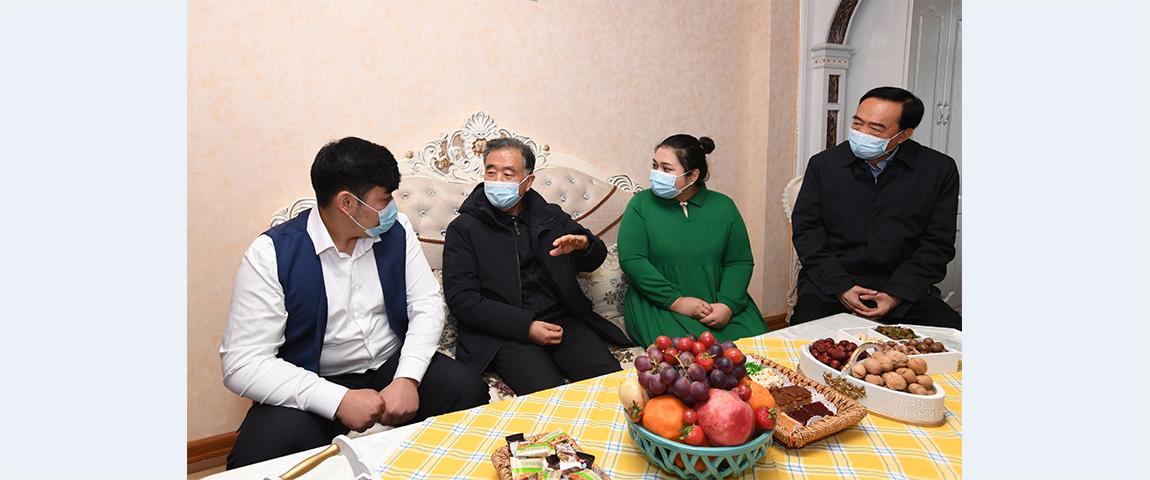Wang Yang stresses enduring stability in Xinjiang