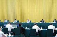 Wang Yang stresses expanding domestic demand