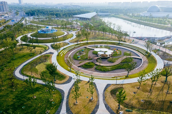 Pudong to build 200 parks by 2025