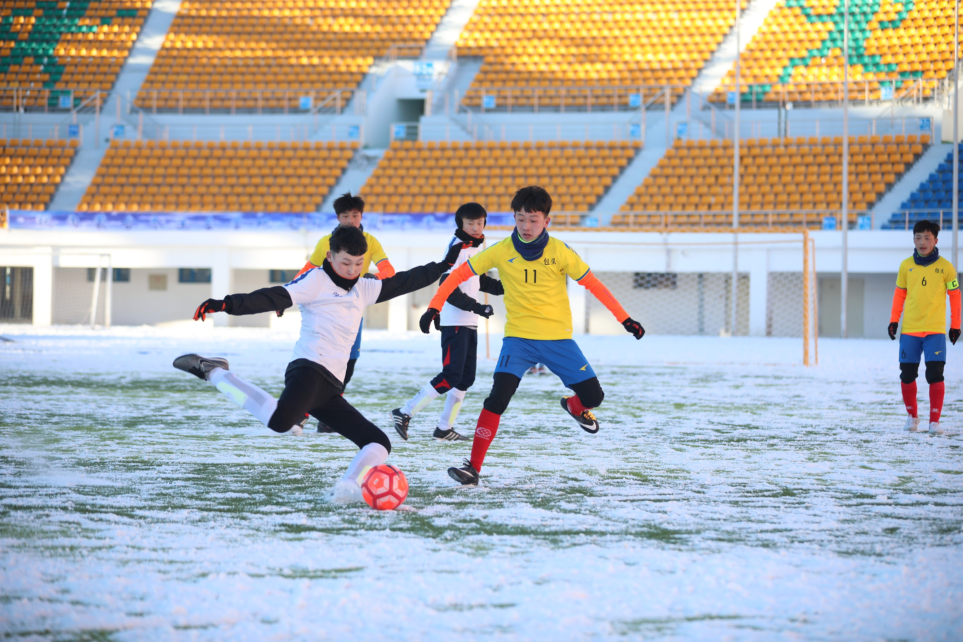 呼伦贝尔市体育场.jpg