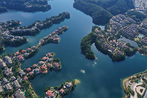 Thousand-Islet Lake.jpg