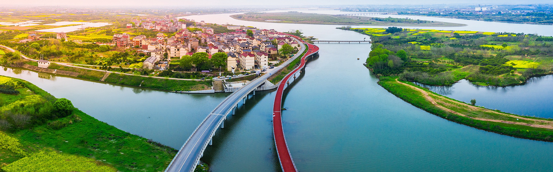 Road connecting six counties in Quzhou opens to traffic