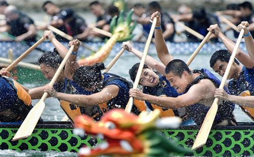 Customs to celebrate Dragon Boat Festival