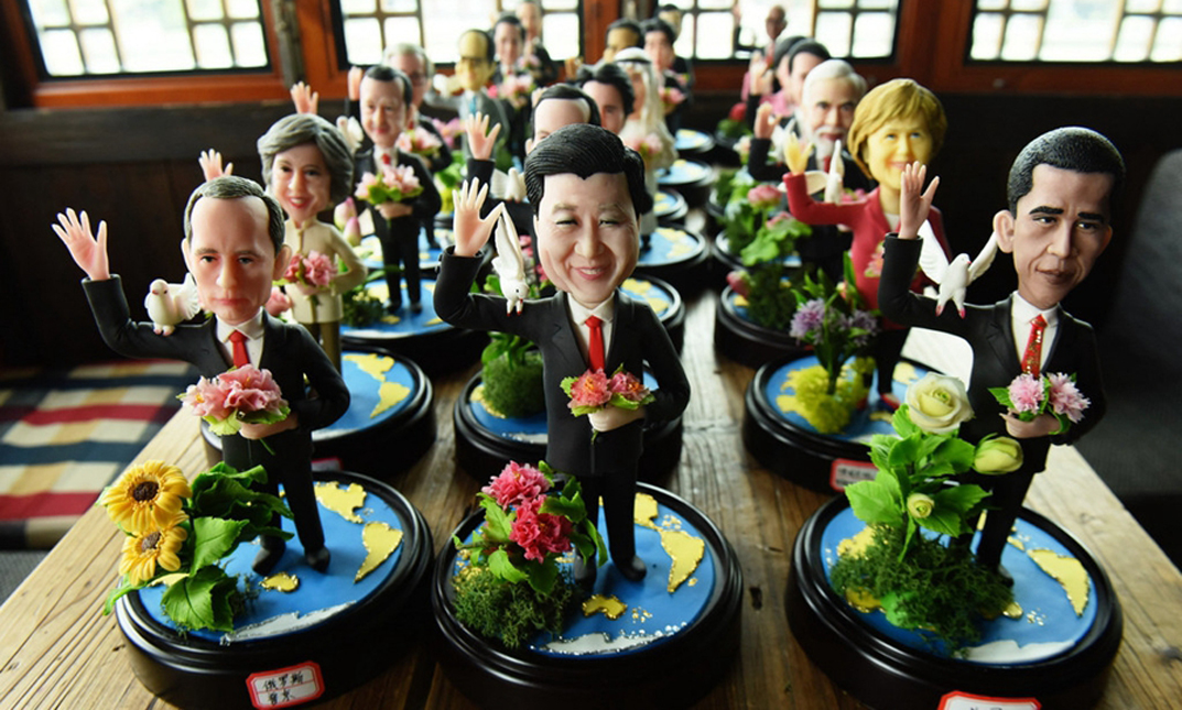 Artist creates clay sculptures of G20 leaders to wish world peace