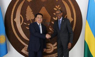 卢旺达-标题图.jpg