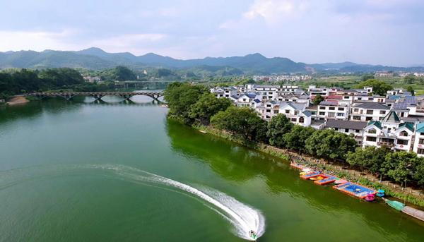 Zhejiang turns green into gold