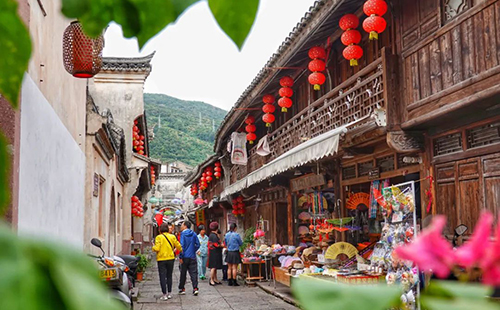 Snapshots of ancient fishing town in Ningbo
