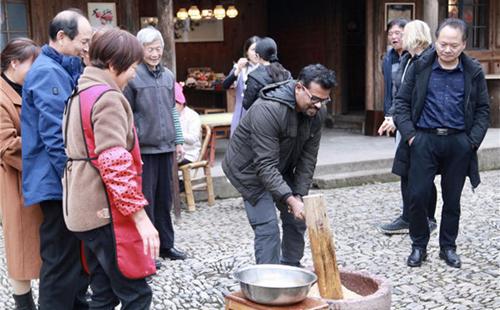 Expats explore rural revitalization in Ningbo