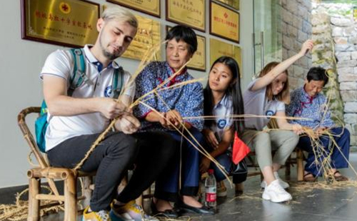 Intl student in Zhoushan: No stranger to China