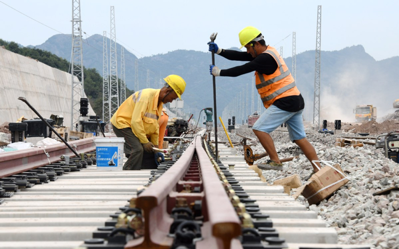 Zhejiang adds 560 km of rail lines in 2020