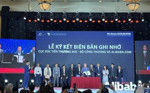 Alibaba, Vietrade partner to support Vietnamese firms with online exports