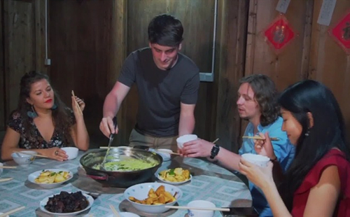 'Beautiful Zhejiang' episode 56: A Foreigner Cooking Special Zhejiang Cuisine