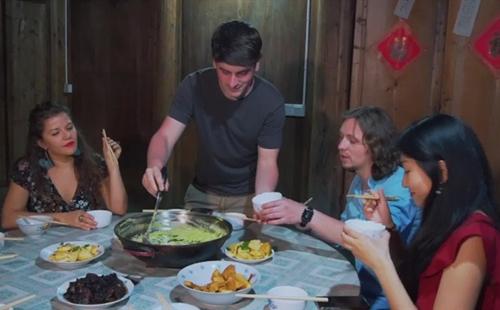'Beautiful Zhejiang' episode 56: A Foreigner Cooking Special Zhejiang Cuisine