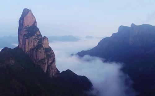 A Visit to Mount Tianmu