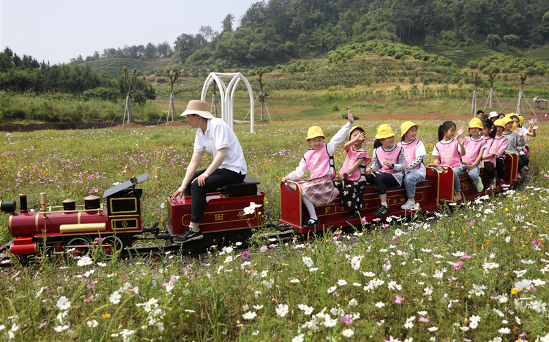 Holiday consumption in Zhejiang experiences boom