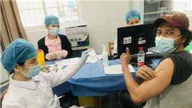 Over 200,000 foreigners in China receive vaccinations