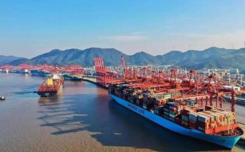 Zhoushan economy grows during Jan-April period