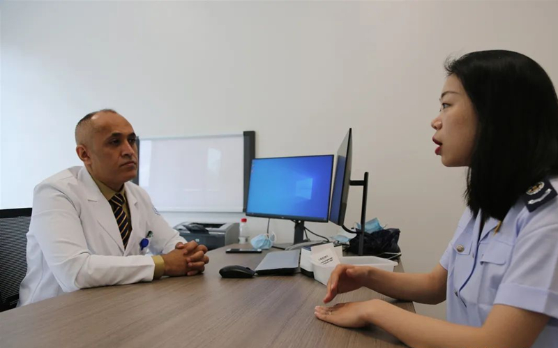 Yiwu expat recruited by local authorities to publicize taxation policies