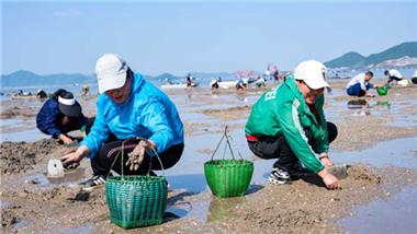 Coastal waters in Ningbo enter foraging season