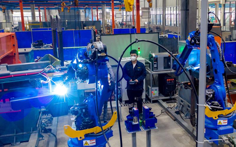 Zhejiang raises minimum wage