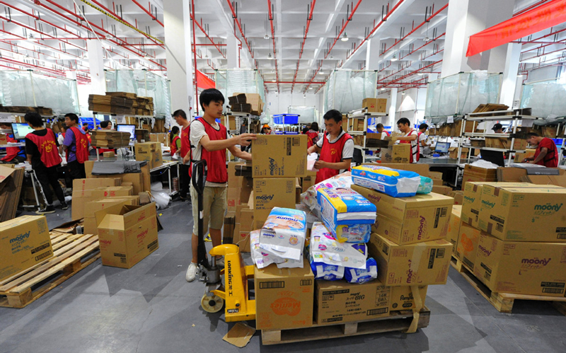 China's postal, express delivery sector sees rapid 8-year expansion