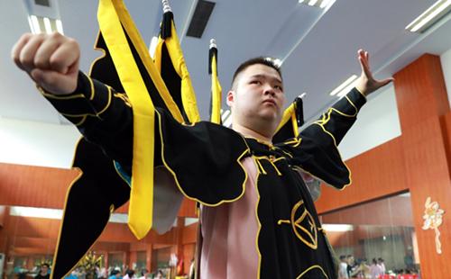Huzhou strengthens inheritance of local opera