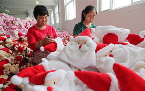 Christmas exports keep pace with challenges