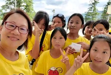 Wenzhou foreign instructor teaches in China for nine years
