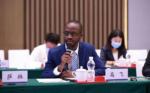 Young Chinese, Africans meet at digital cooperation seminar