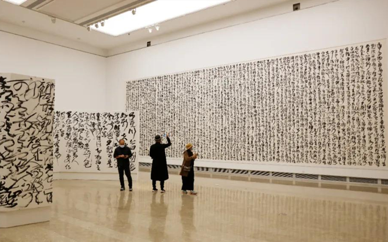 Wang Dongling's solo exhibition explores journey of Chinese calligraphy