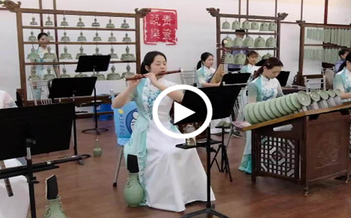 Ancient method of making music enthralls modern audience