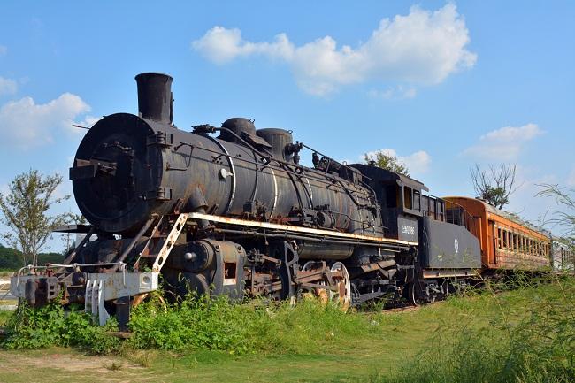 the old train.jpg