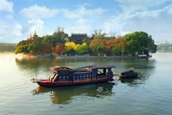 南湖红船盛建生摄-标题图.jpg