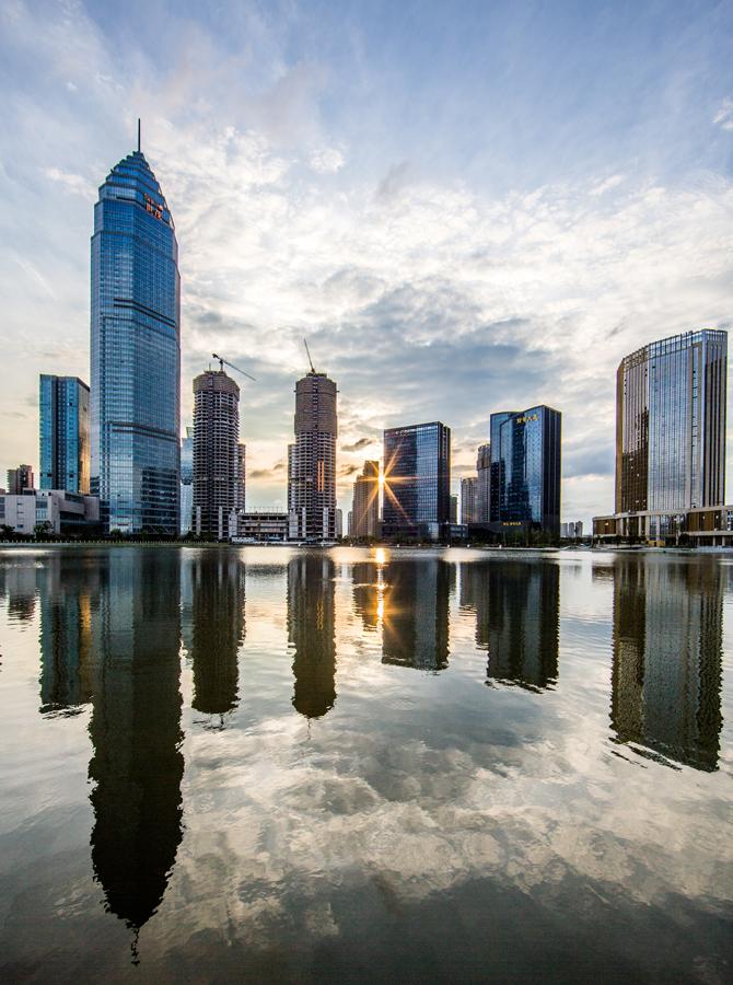 环梅龙湖商务圈900.jpg
