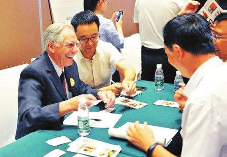 Foreign experts to work with Shaoxing companies