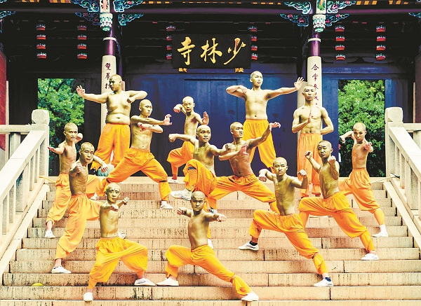 Shaolin Temple monks reproduce traditional Chinese kung fu